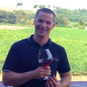 Oregon Wine2Vine Tour Guide